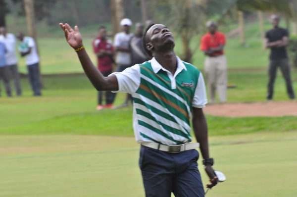 Ronald Otile after putting at the final hole